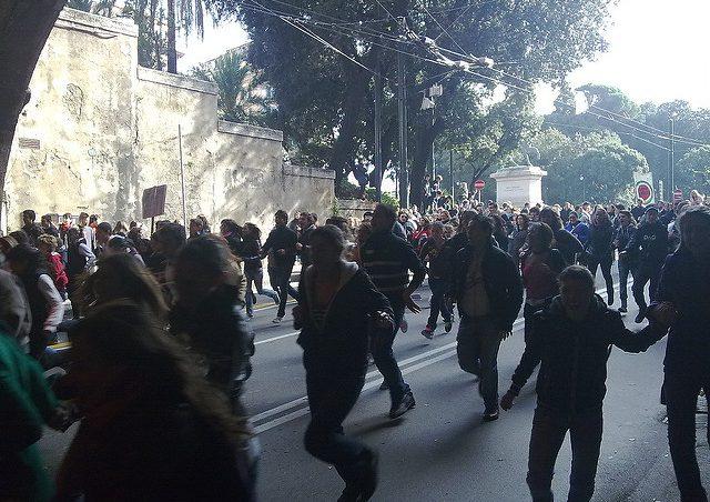 Lo svilimento del diritto di sciopero, in un volantino