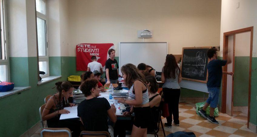 Scuola superiore e decentramento