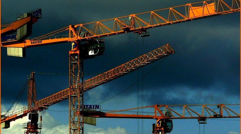 Fuori tempo: progettazioni e appalti pubblici in Italia